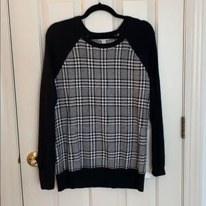 Merona Long Sleeved B/W Sweater